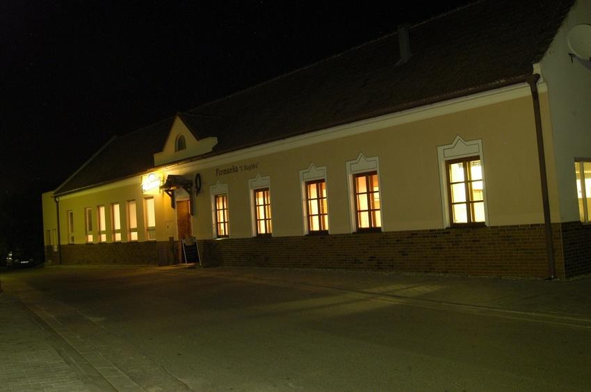 Prodej zavedené restaurace v obci Radějov