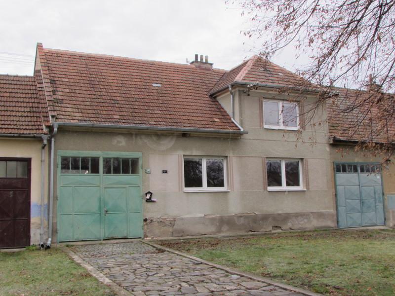 Prodej rodinného domu v Kostelci u Kyjova