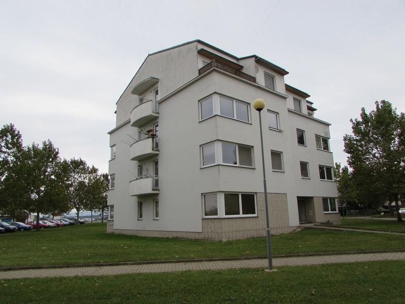 Pronájem většího bytu 1+kk ve Strážnici
