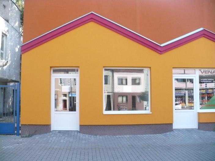 Pronájem komerčních prostor